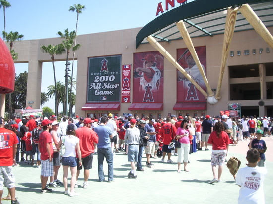 5.14.09 at Angel Stadium 002.JPG