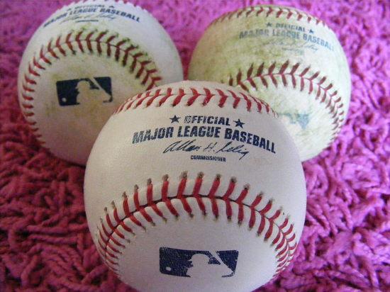baseballs of 090809.JPG