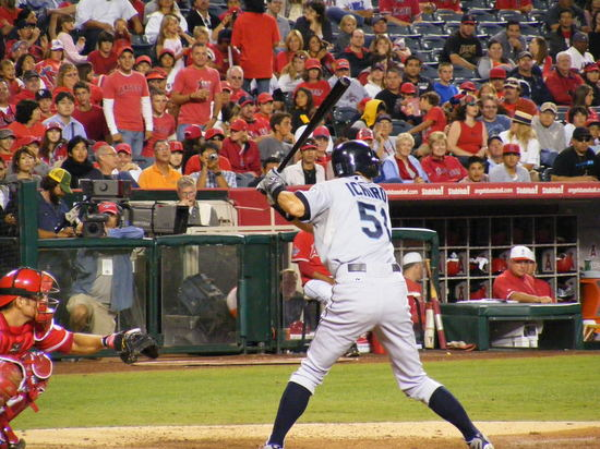 ichiro batting 9.11.JPG